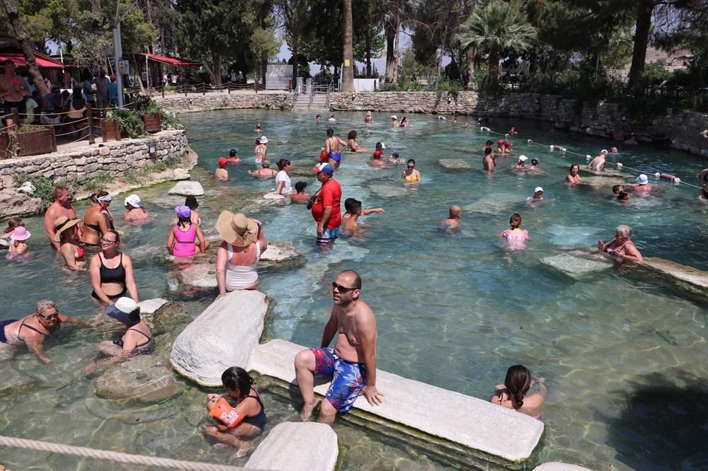 Kleopatra'nın da yüzdüğüne inanılan 2 bin 500 yıllık antik havuza yoğun ilgi - 4