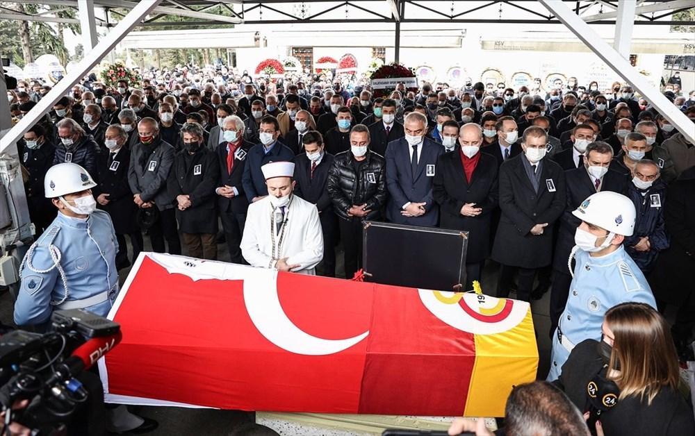 Demet Akbağ'dan Rasim Öztekin açıklaması: Ameliyatı ihmal etmiş - 9