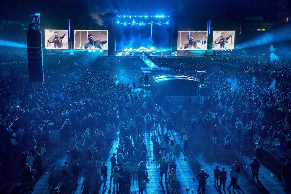 Dünya karantinadayken Yeni Zelanda'da 50 bin kişilik konser - 7