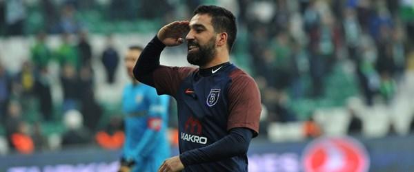 Medipol Başakşehir Bursaspor'u deplasmanda yendi (Arda Turan golle döndü)
