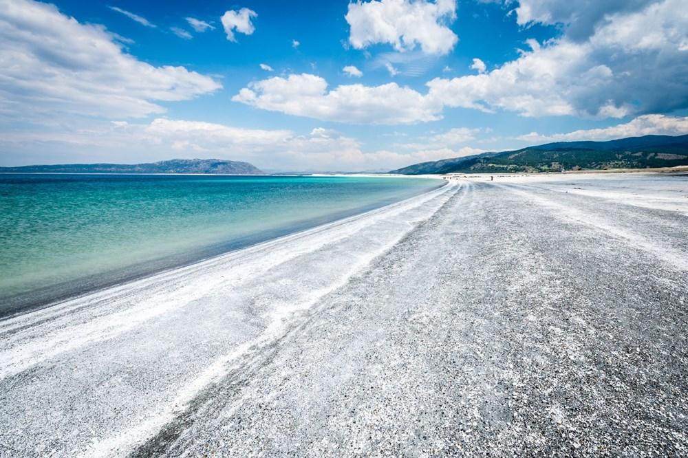 Bakan açıkladı: Salda Gölü'nün 'Beyaz Adalar' bölgesinde göle ve plaja giriş yasaklandı - 1