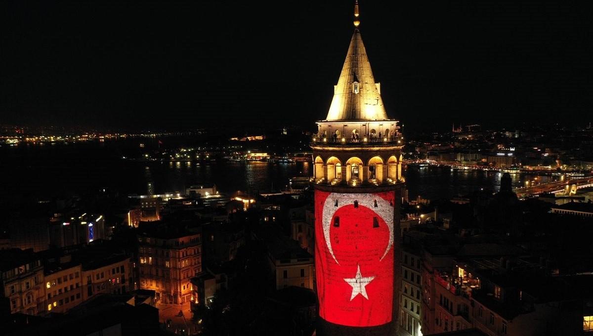 Galata Kulesi 19 Mayıs'a özel görsellerle ışıklandırıldı