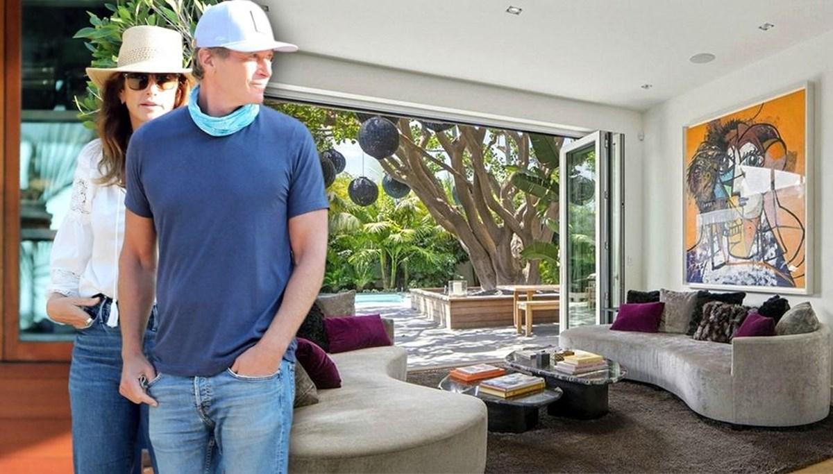 Cindy Crawford evini 13,5 milyon dolara Jan Koum'a sattı