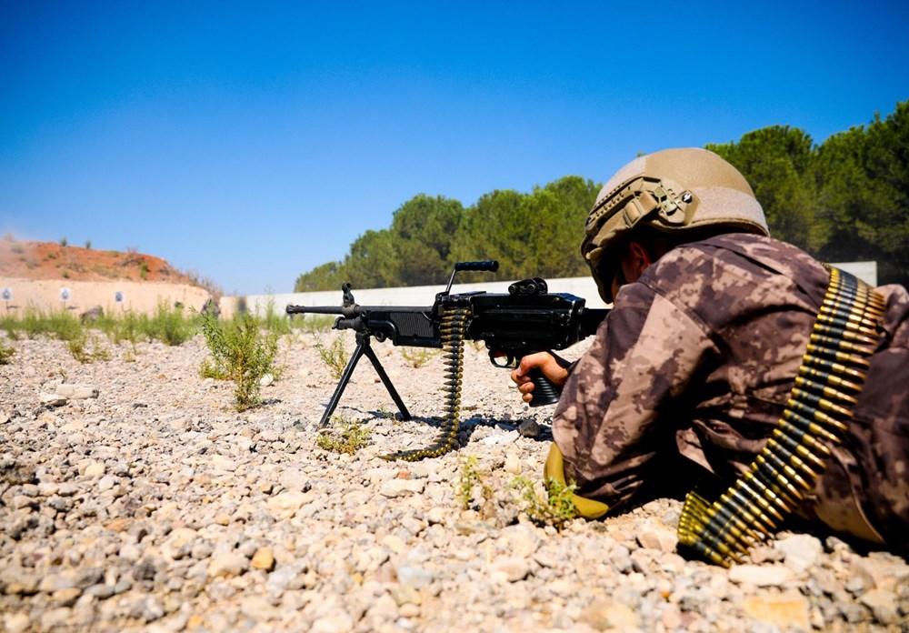Özel Harekat'tan 35 derece sıcakta zorlu eğitim: Yerli silah 'Çılgın kız' dikkat çekti - 16