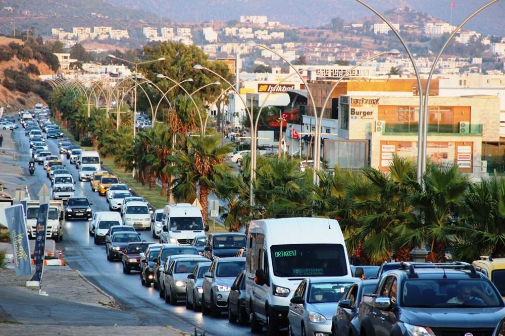Corona virüsten kaçan tatilciler Bodrum'u terk etmiyor: Nüfus 400 bine çıktı - 3