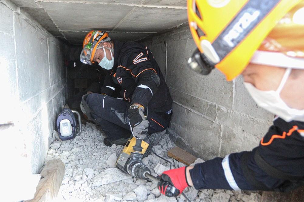 İzmir depremi kahramanlarının zorlu eğitimi (AFAD gönüllüsü nasıl olunur?) - 2
