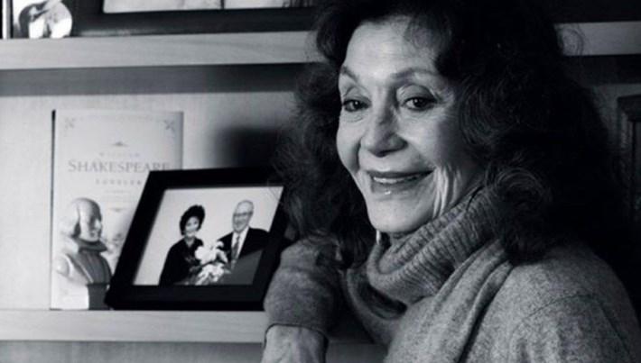 Türk tiyatrosunun usta ismi Yıldız Kenter hayatını kaybetti