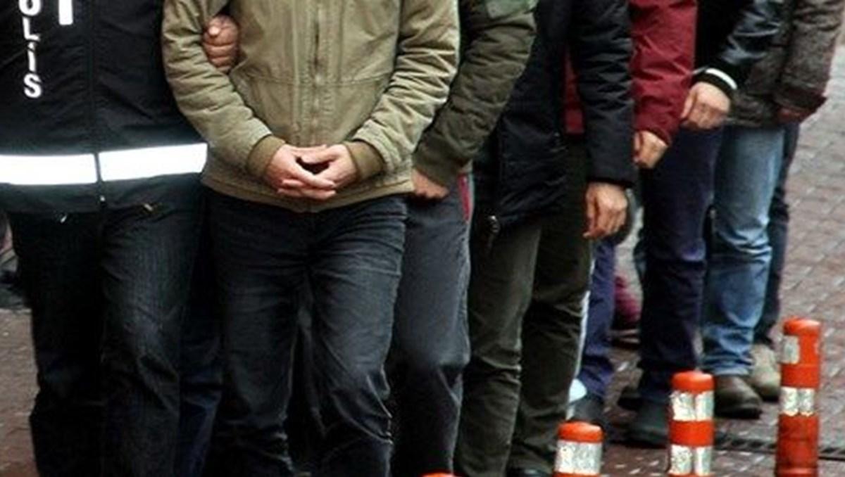 Ankara'daki FETÖ soruşturmasında 3'ü muvazzaf 5 kişi hakkında gözaltı kararı
