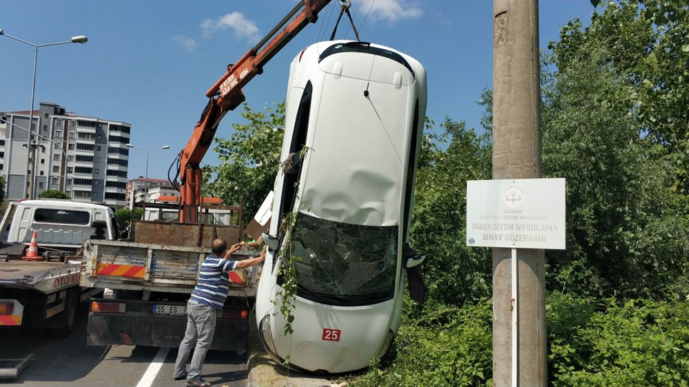 Ehliyet sınavında sürücü adayının kullandığı araç takla attı - 7