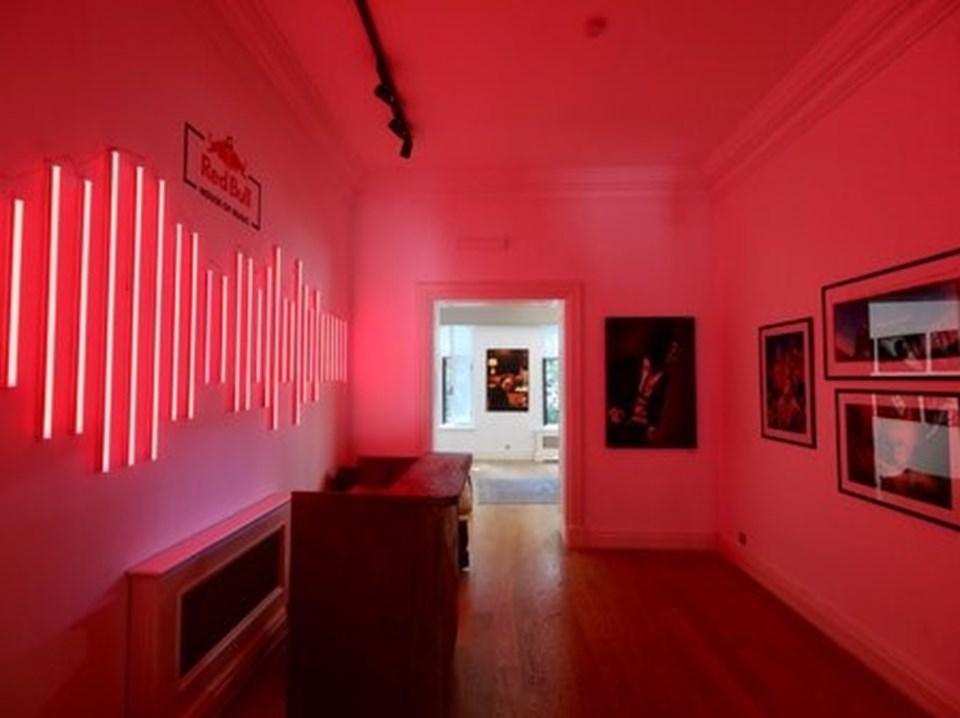 Karma bir fotoğraf sergisi de Red Bull House of Music'te sanatseverlerle buluştu