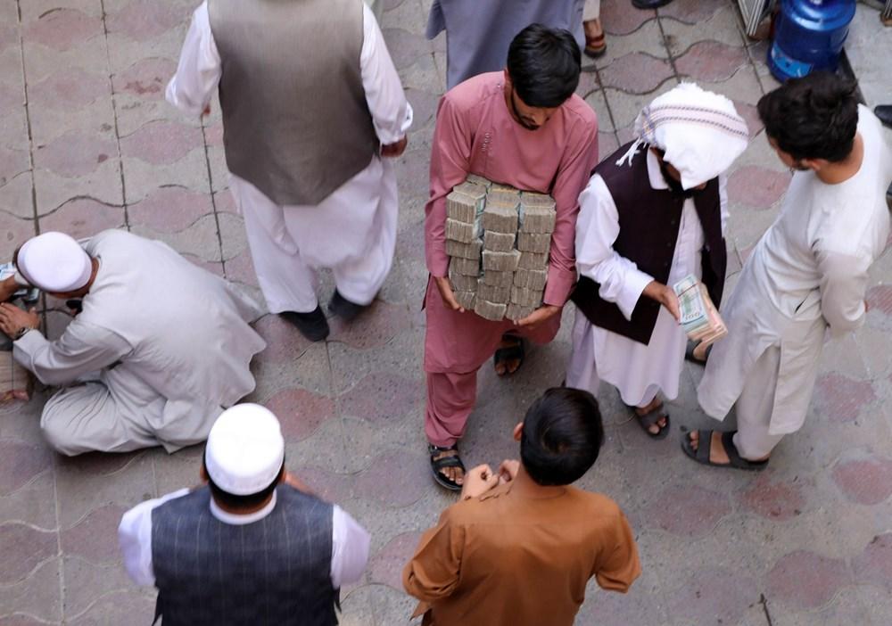 Afganistan'da ekonomi çökmek üzere: Halkın sadece yüzde 5'i yeterli  yiyeceğe erişebiliyor - 3