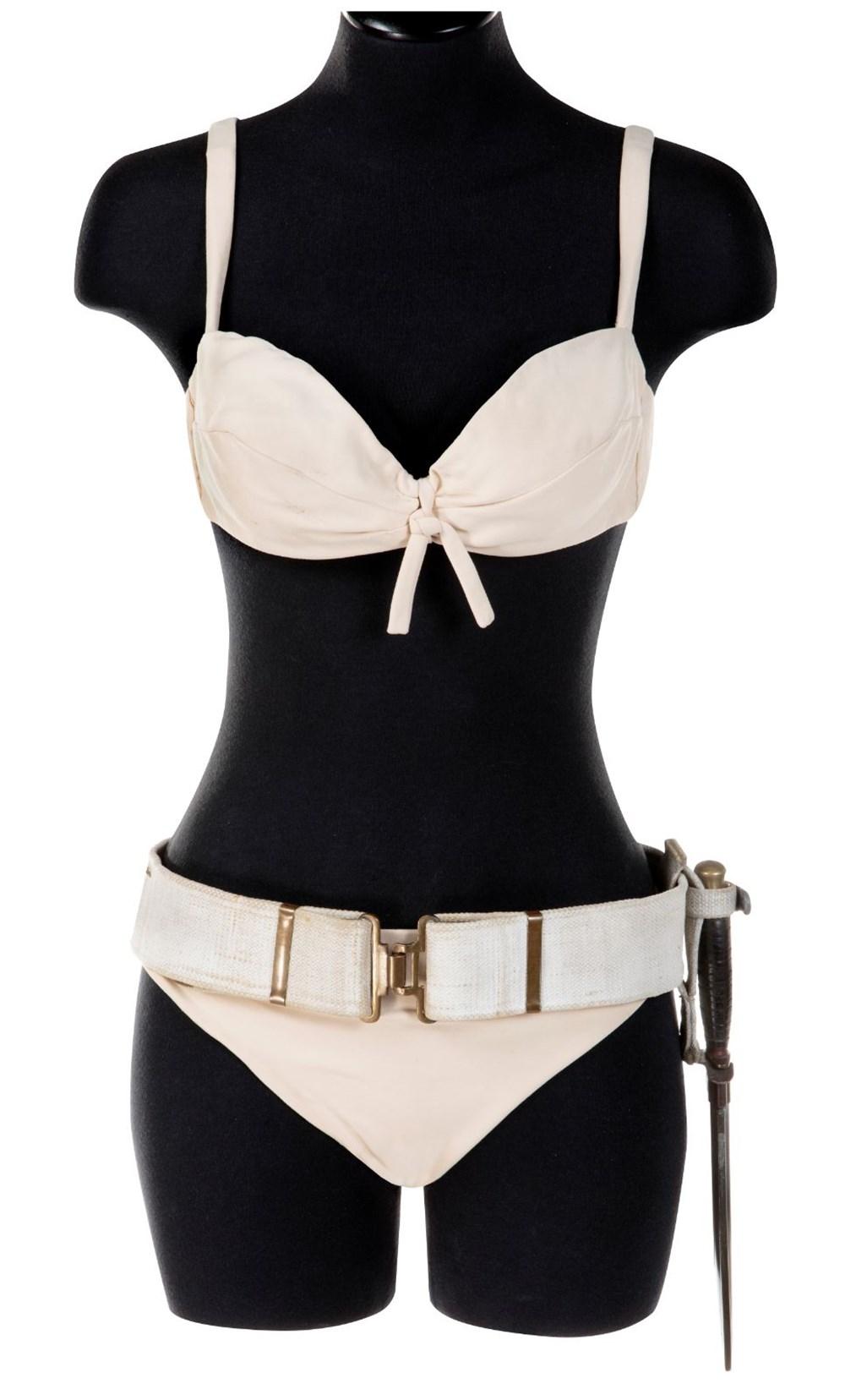 Ursula Andress'in James Bond bikinisi 500 bin dolara satılıyor - 3