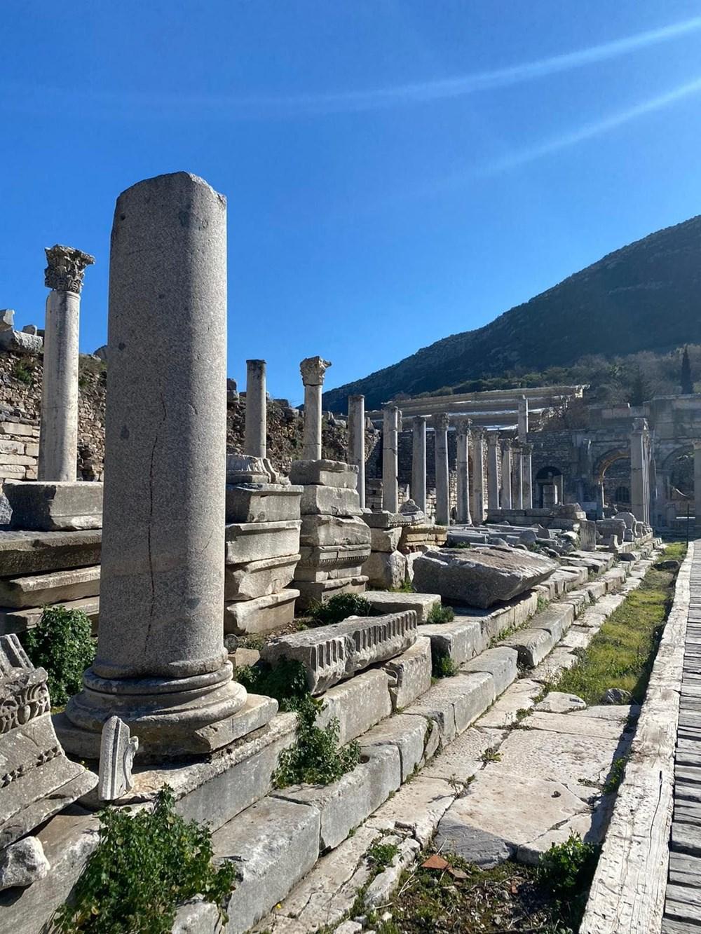 Efes Antik Kenti, pandemi döneminde de güvenli turizmin adresi oldu - 15