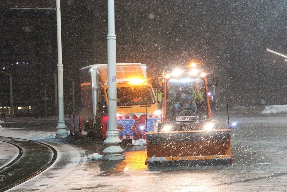 İstanbul'da kar yağışı yeniden etkisini artırdı - 12