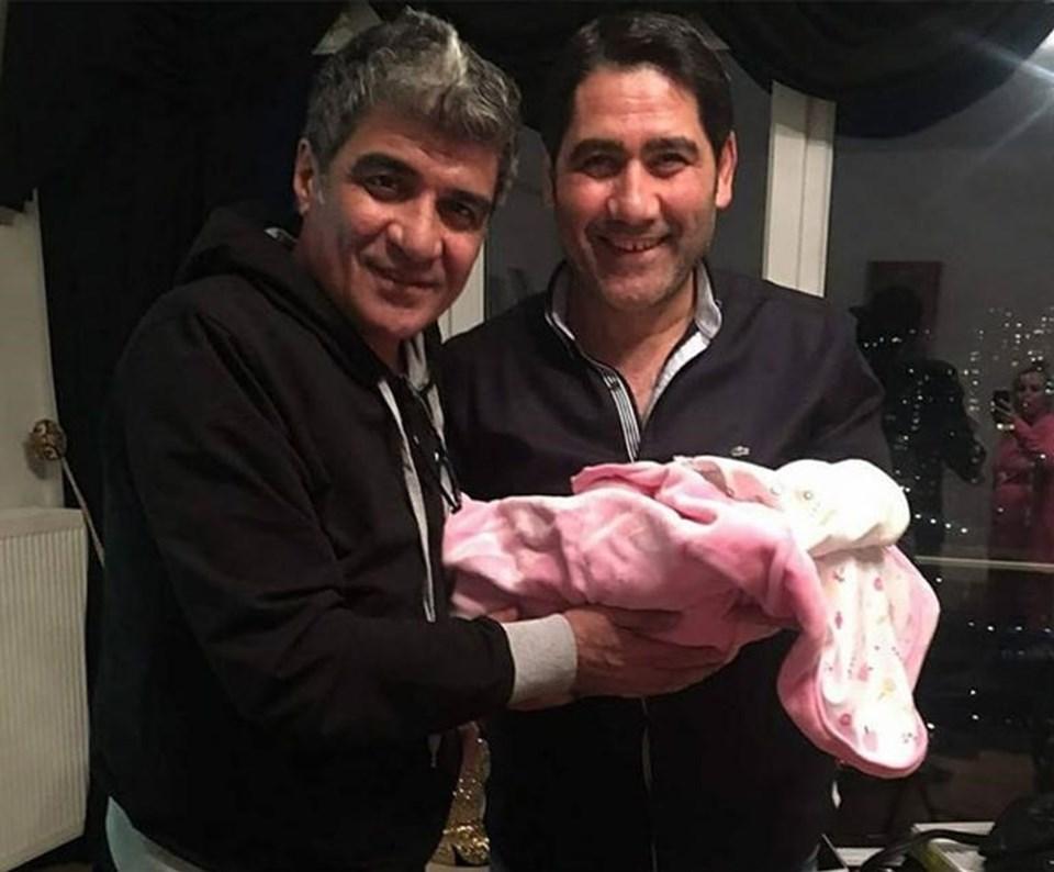İbrahim Erkal'ın yeni doğan kızına Elif Su adını verdi.