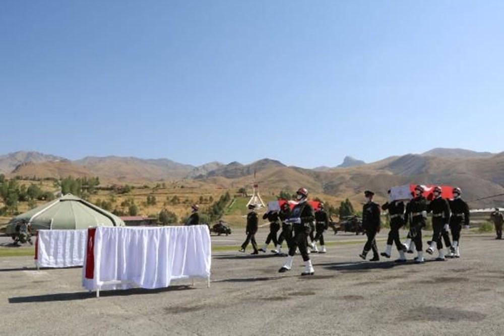 Şehit askerler için tören - 6