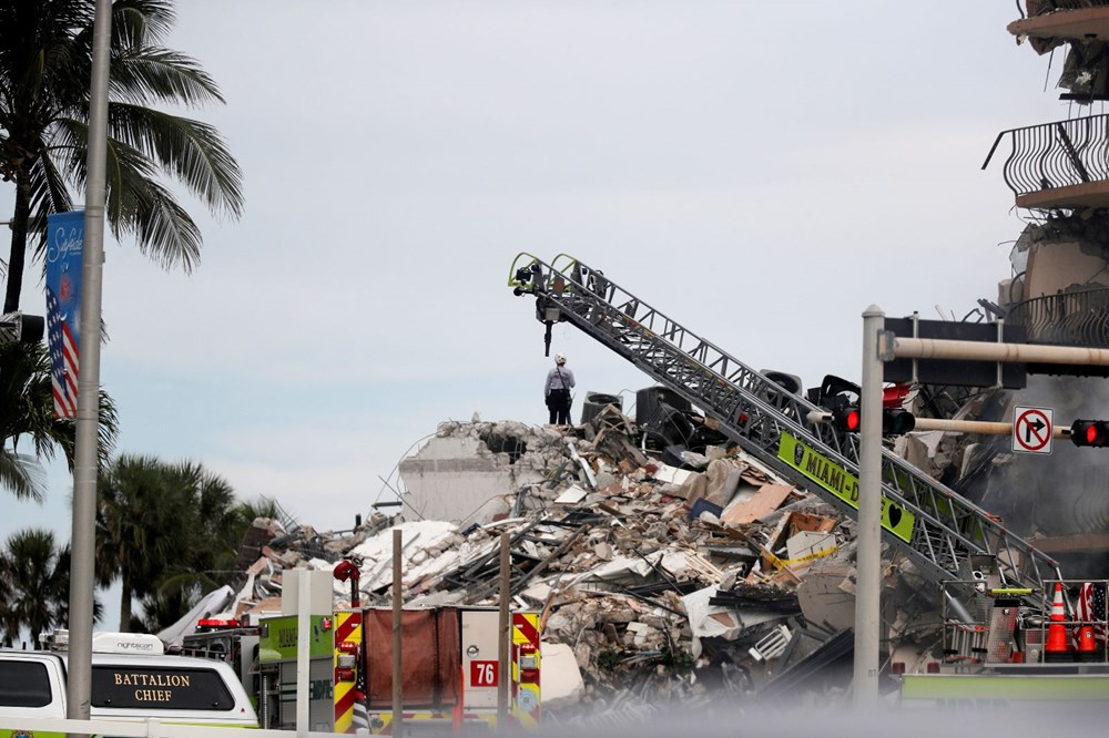 Building collapsed in the USA: Loss of life increased to 4, 159 people are missing - 11