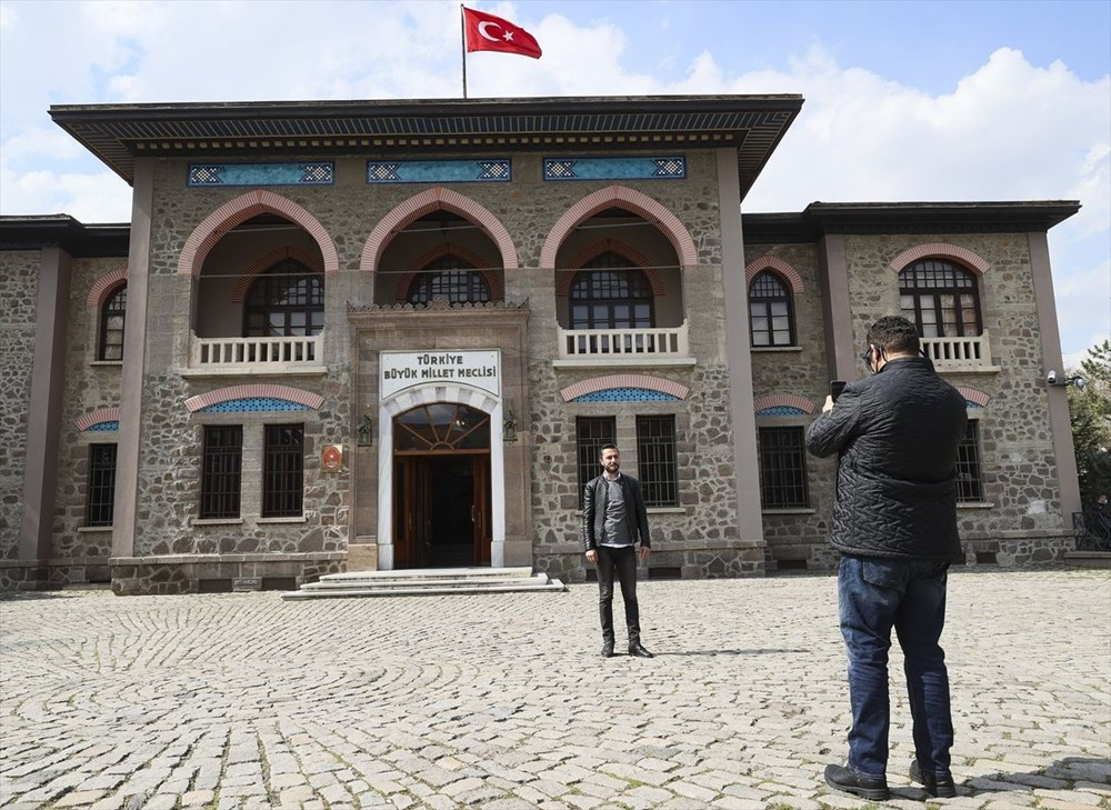 Yakın tarihin tanığı Cumhuriyet Müzesi 40 yıldır tarihseverleri ağırlıyor - 42