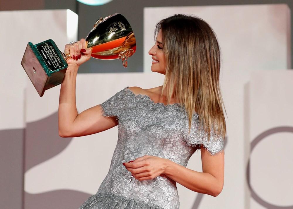 78. Venedik Film Festivali ödül gecesiyle sona erdi - 16