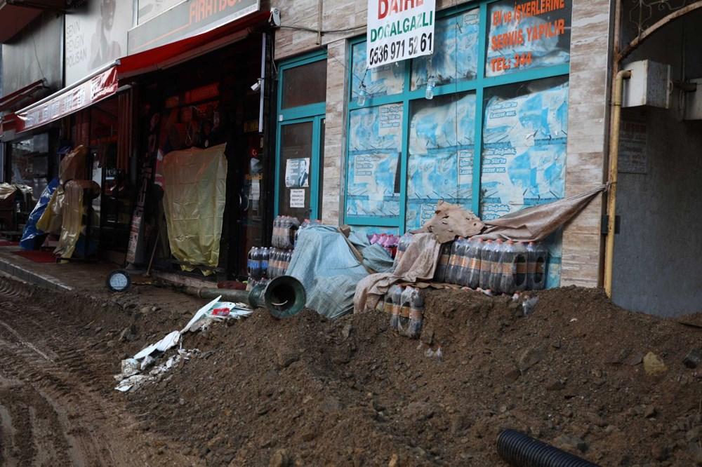 Rize'de sel ve heyelan afetinin hasarı gün ağarınca ortaya çıktı - 14