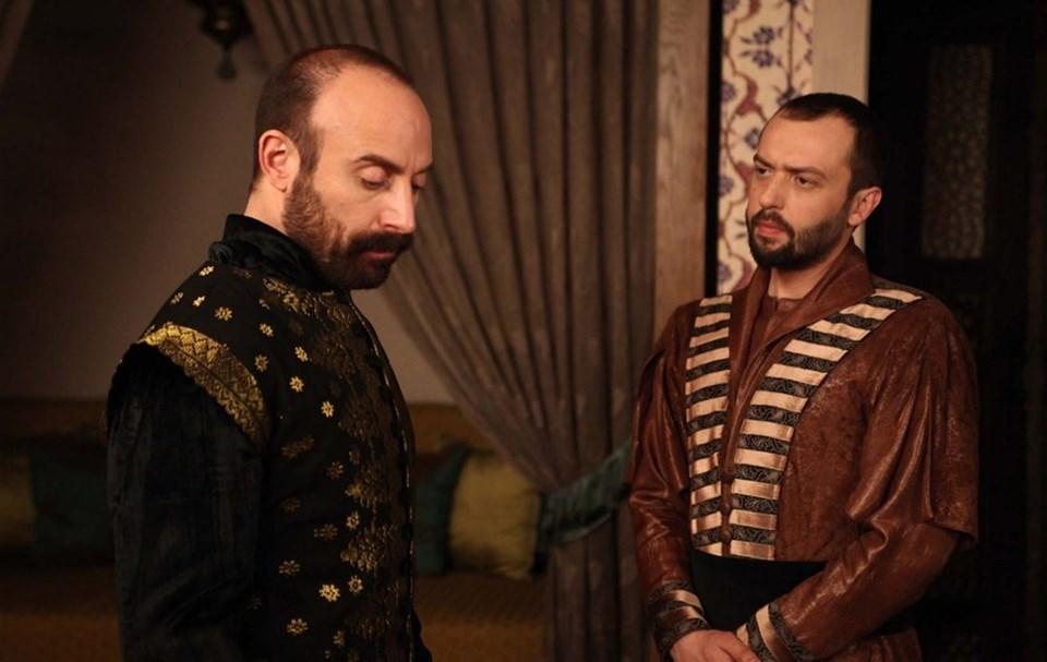 Halit Ergenç Kunani Sultan Süleyman'a, Okan Yalabık Pargalı İbrahim Paşa'ya hayat verdi
