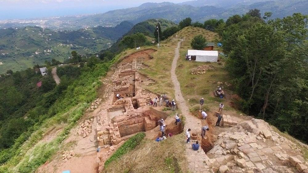 Ordu Kurul Kalesi'nde 2 bin 100 yıllık büst ve masklar bulundu - 2