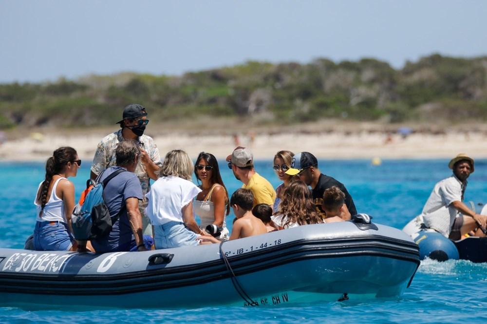 Lionel Messi'nin Ibiza'daki romantik tatili - 6