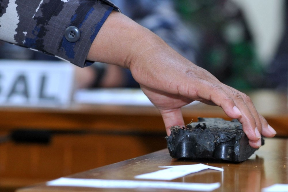 Missing submarine wreck fragments found in Indonesia - 8