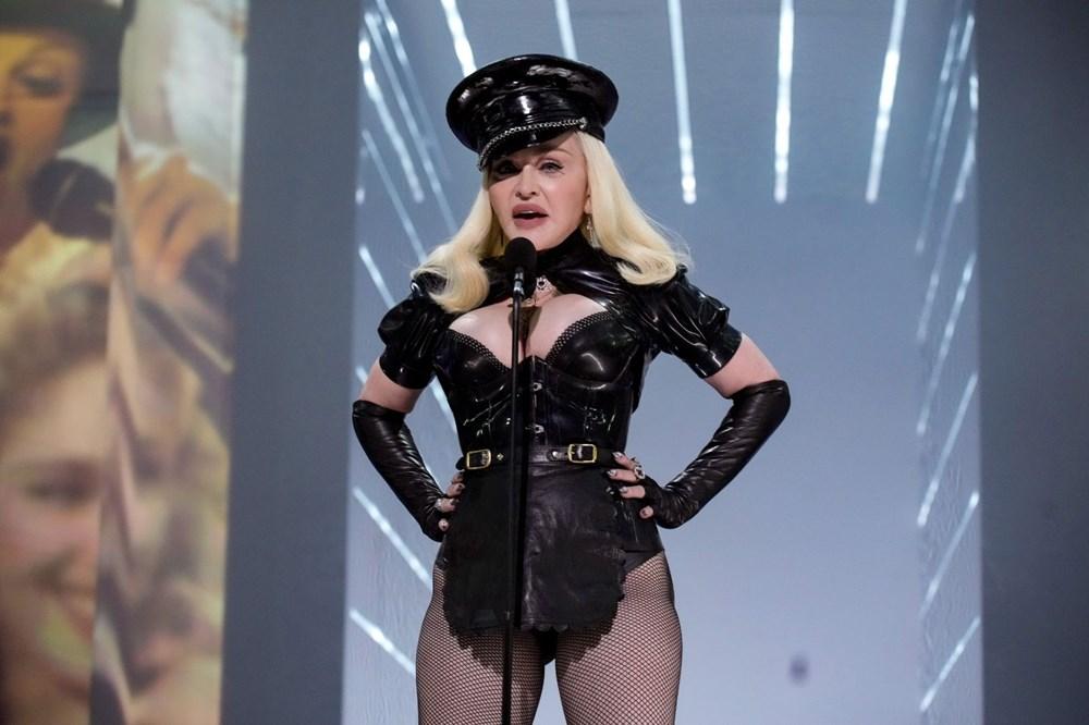 Madonna MTV Video Müzik Ödülleri after party'ye duvaklı katıldı - 5