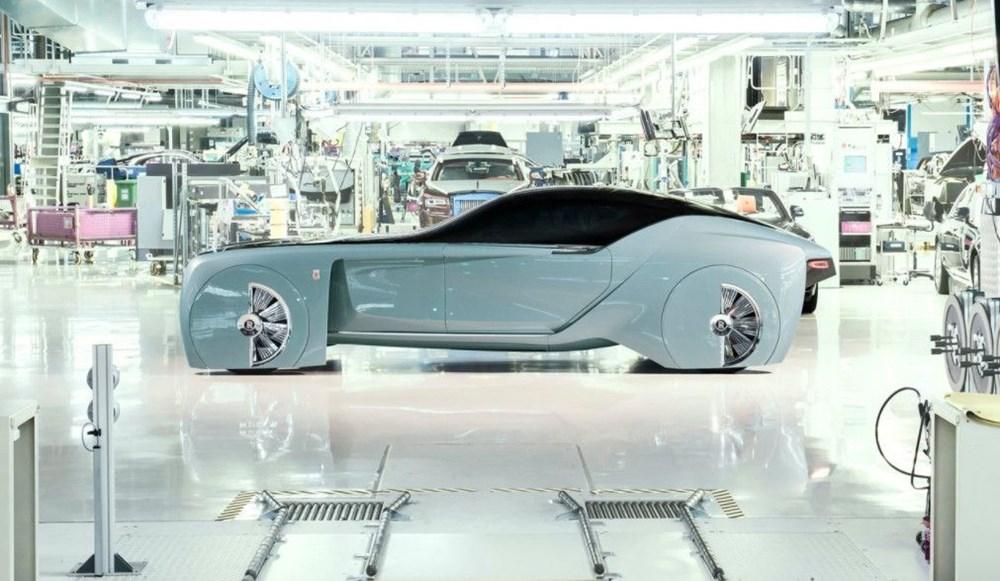 Rolls-Royce'un ilk elektrikli otomobili: İsmi açıklandı - 5