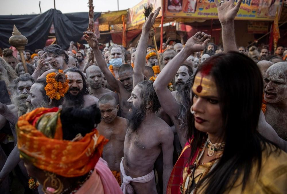 Hacılar Ganj Nehri'nde yıkandı: Hindistan'da günlük vaka sayısı rekor kırdı - 14