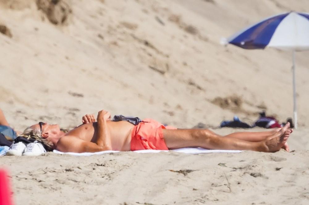 Rocky filminin yıldızı Dolph Lundgren 38 yaş küçük nişanlısıyla tatilde - 10