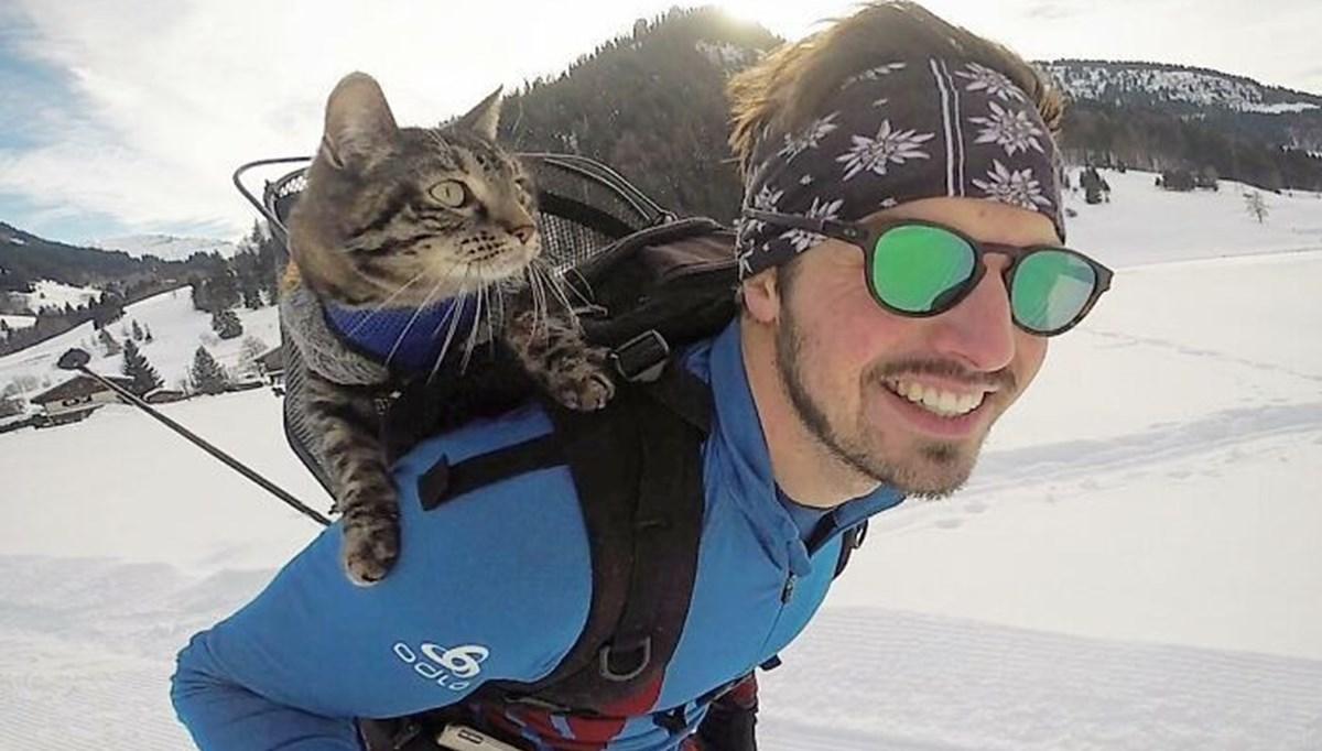 Adrenalin tutkunu kedi! Sahibiyle birlikte maceradan maceraya koşuyor