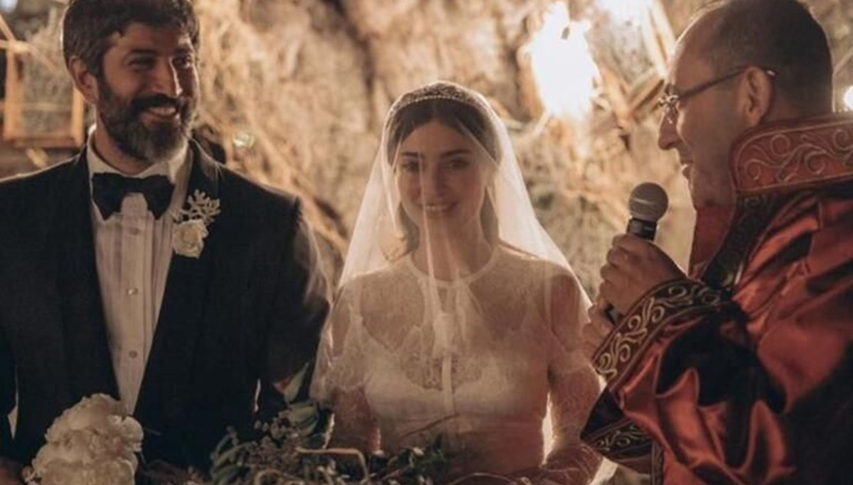 Melike İpek Yalova eşi Altan Gültan ile ayrılık iddialarını doğruladı