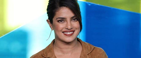 Priyanka Chopra IMDb Starmetre Ödülü'nü kazandı