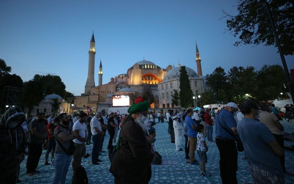 Crowd does not decrease in Hagia Sophia - 13