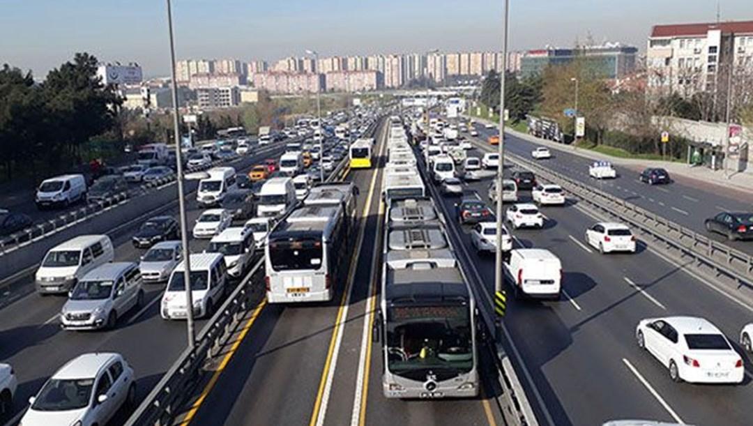 İBB'den 100 metrobüs alımı için ihale thumbnail