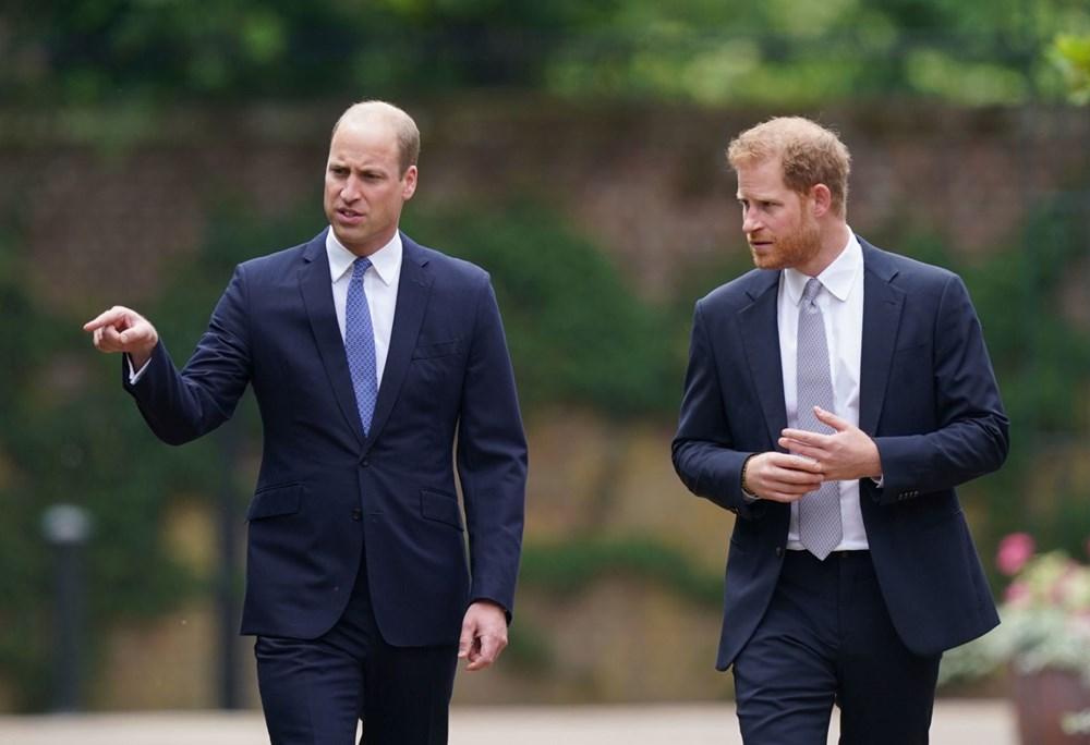 Prenses Diana'nın 60'ıncı doğum gününde Kensington Sarayı'nda heykelinin açılışı yapıldı - 6