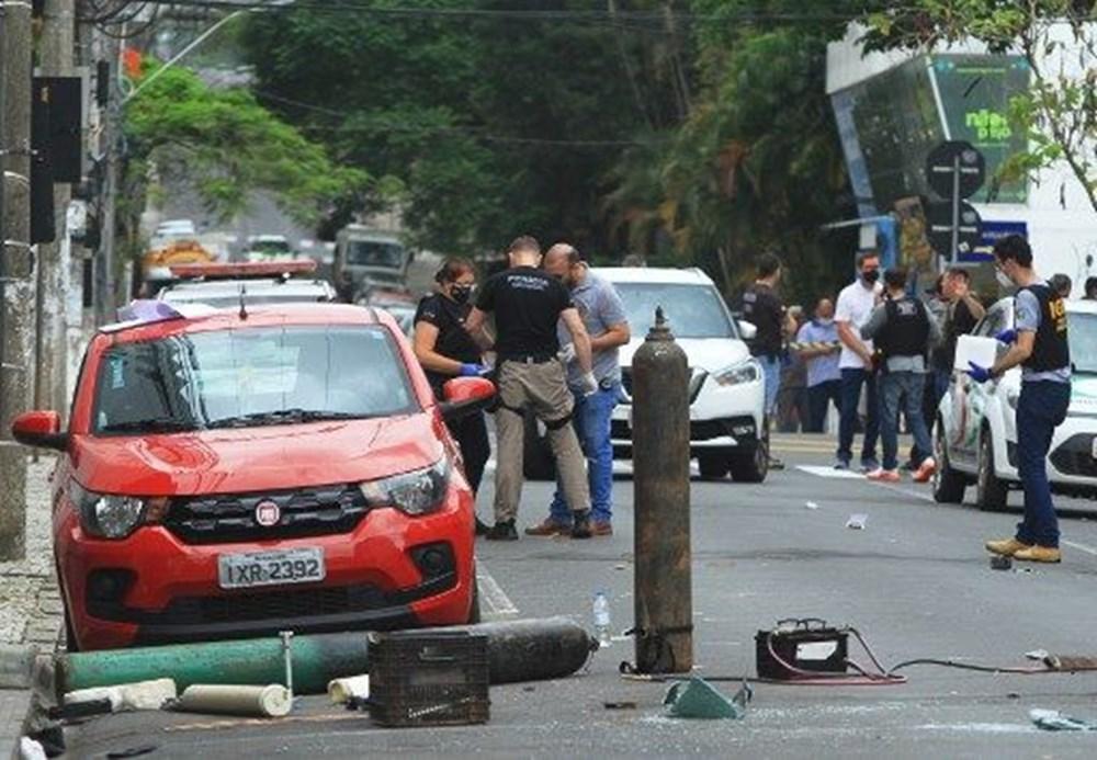 Brezilya'da savaş gibi banka soygunu: 30 kişi geldiler - 2