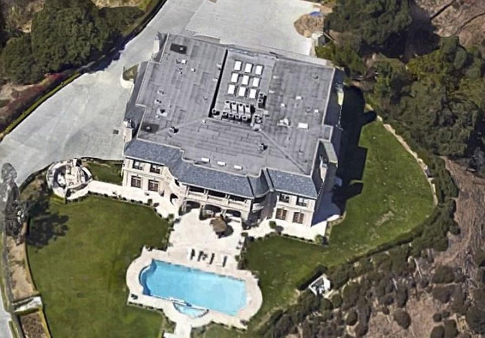 Suudi Prens Macid bin Abdullah bin Abdülaziz'in Beverly Hills'de bulunan malikanesi 37 milyon dolar değerinde. Suudi prensin 21 milyar dolar serveti olduğu tahmin ediliyor.
