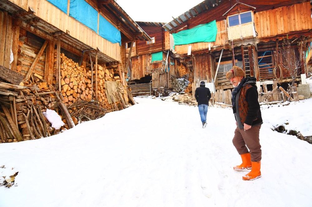 Artvin'deki 2 bin rakımlı Maden Köyü'nde kışı böyle geçiriyorlar - 13