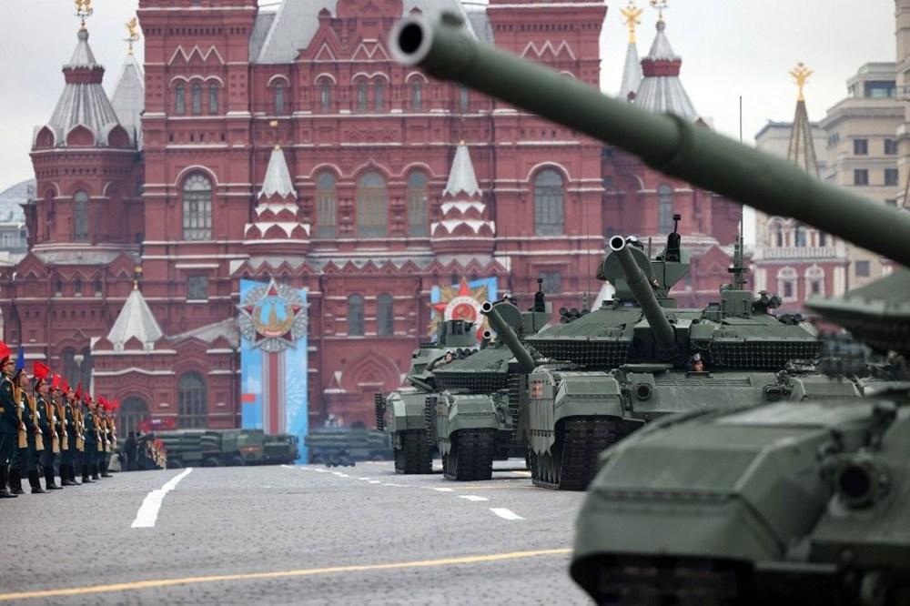 Rusya'da Zafer Günü kutlamaları: Moskova'da askeri geçit töreni - 4