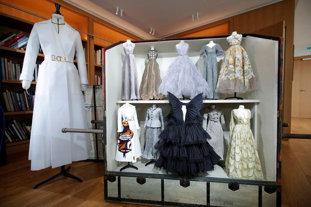 Dior'dan Dijital Moda Haftası için minyatür elbise tasarımları - 3