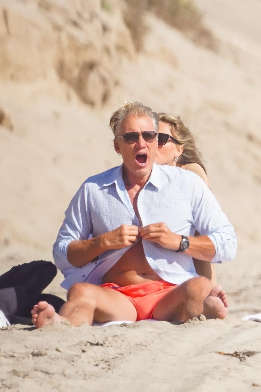 Rocky filminin yıldızı Dolph Lundgren 38 yaş küçük nişanlısıyla tatilde - 11