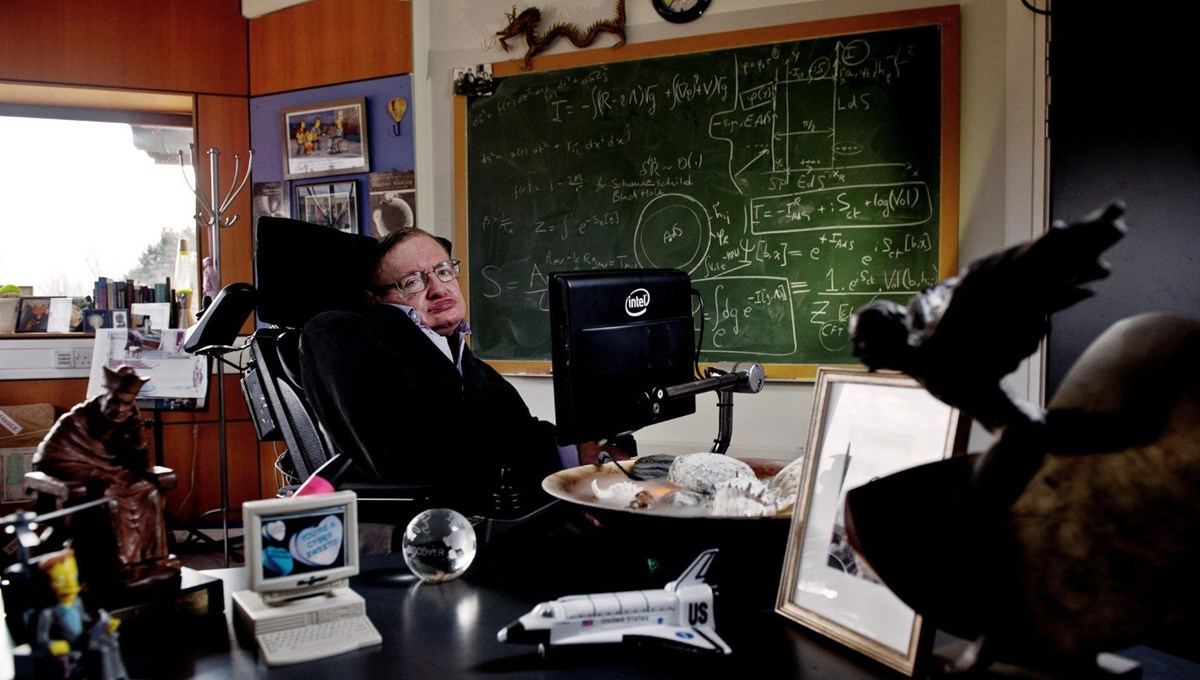 Famous physicist Stephen Hawking's legacy has been divided: Some of his belongings will be exhibited in London Science Museum