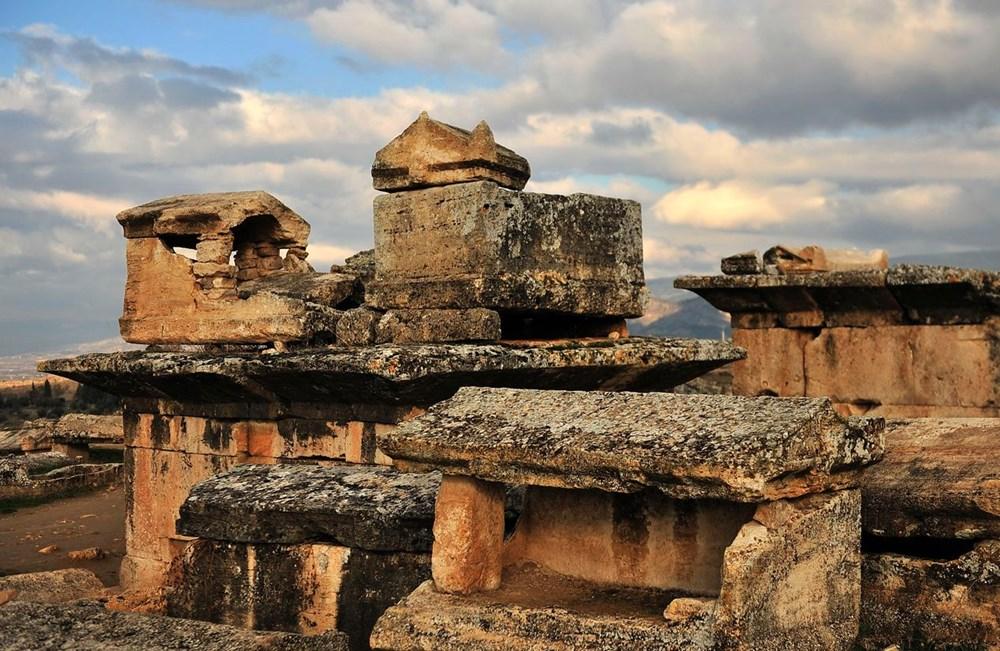 Türkiye'nin 'cehenneme' açılan  kapısının binlerce yıllık sırrı keşfedildi - 16