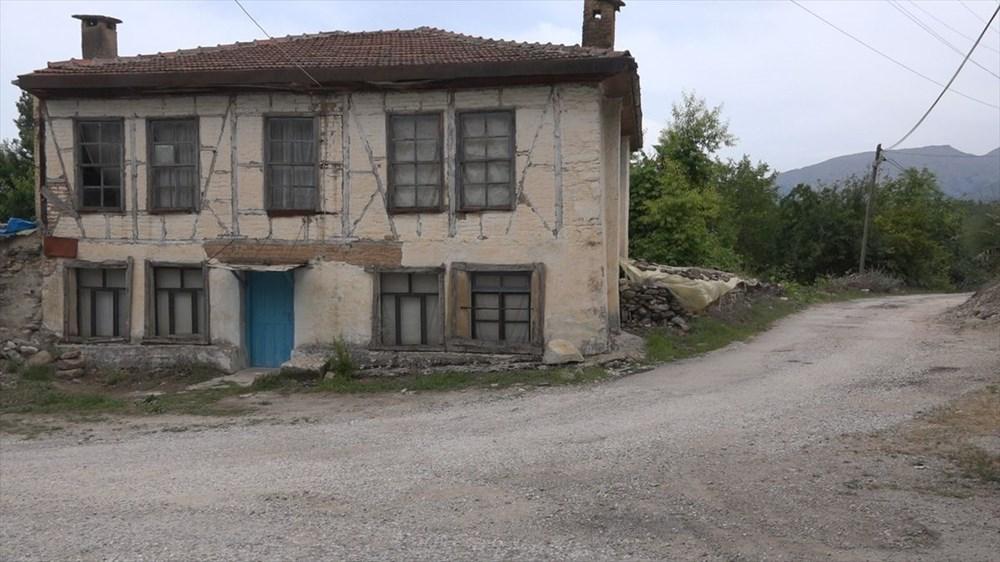 Helenistik dönemde kurulan Attouda Antik Kenti'nde yaşam devam ediyor - 14