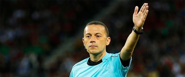 Cüneyt Çakır Suudi Arabistan'da maç yönetecek