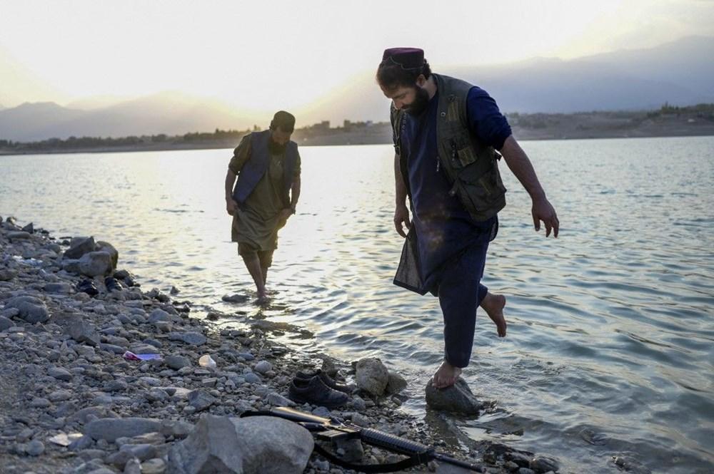 Taliban askerlerine uyarı: Selfie çekmeyi bırakın, işinize dönün - 2