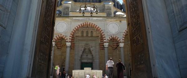 Edirne'de muhteşem ikili: Ciğer ve Karağaç biberi